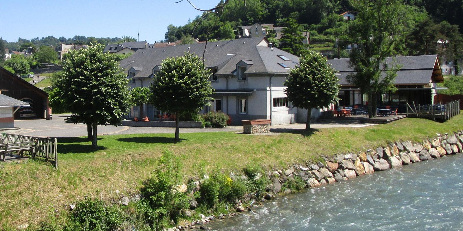 Centre Nautique base de loisirs des Hautes-Pyrénées Sport Nature